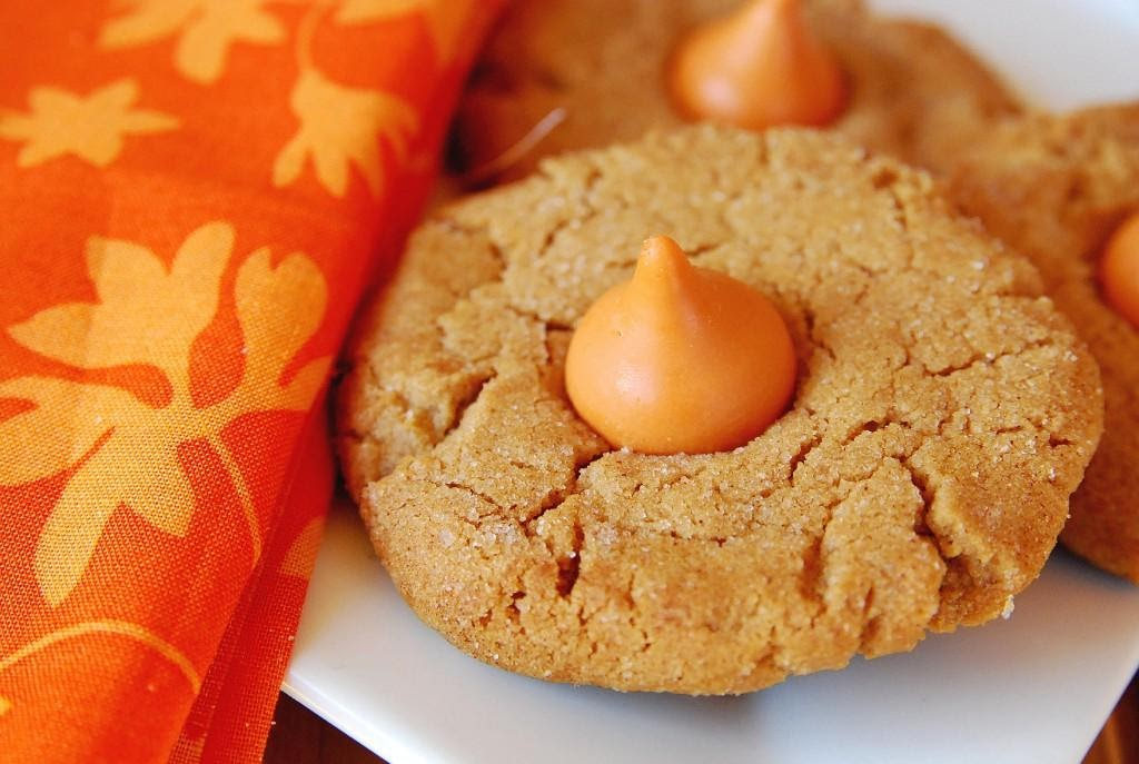Make Pumpkin Cookies